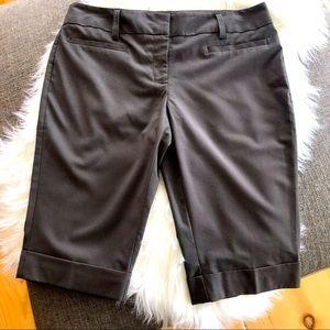 Tracy Evans dress Bermuda shorts, size 11